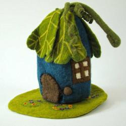 Maison et tapis en laine...